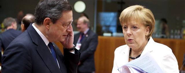 Mario Draghi with Angela Merkel