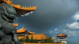 china-sculpture-dragon-house-sky-clouds