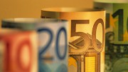 Euro zone sovereign bond purchases to .launch this month
