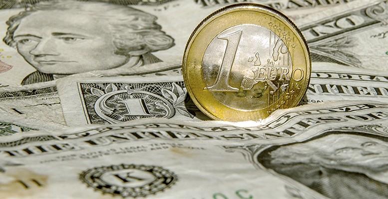 euro-dollar relationship