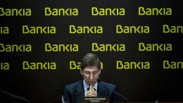 BFA-BANKIA SUPERA SUS PROPIOS OBJETIVOS Y GANA 818 MILLONES DE EUROS EN 2013