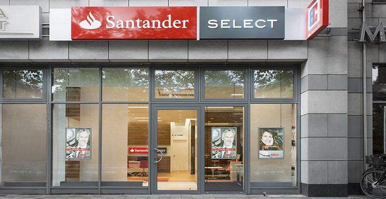 Santander plans staff cuts
