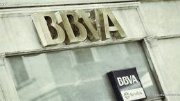 BBVA's geographical exposure explains the stock's market evolution