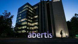 Abertis reorders its shareholder's debt through its dividend policy