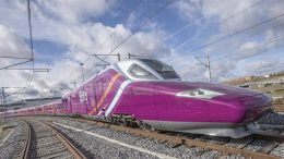 """Renfe anticipates competition from other operators with the """"low cost"""" high speed train AVLO"""