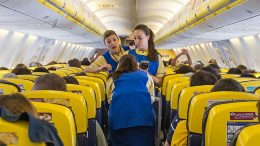 ryanair cabin crew